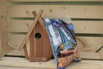 Ensemble nichoir chalet en bois red cedar et son sachet de graines pour oiseaux de la nature de 1 kg.